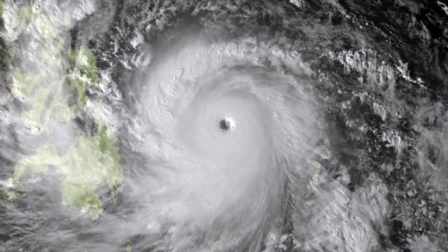 """Taifun Haiyan Taifun """"Haiyan"""""""