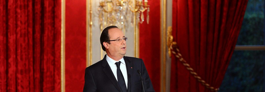 French president Francois Hollande delivers his speech as he launches World War I commemorations at the Elysee Palace in Paris