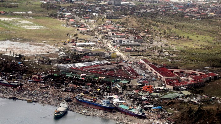 Death Toll Rises in Philippines Following Impact Of Super Typhoon *** BESTPIX ***