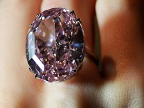 Pink star diamond offered at auction