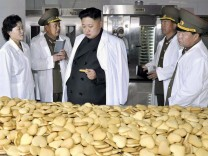 North Korean leader inspects military foodstuff factory