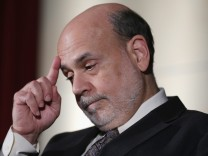 Federal Reserve Chairman Ben Bernanke Speaks At Nat'l Economists Club Annual Dinner
