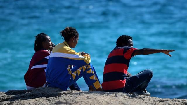 Flüchtlingsdrama vor Lampedusa Ein Jahr nach dem Flüchtlingsdrama von Lampedusa