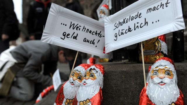 Schoko-Weihnachtsmänner-Demo