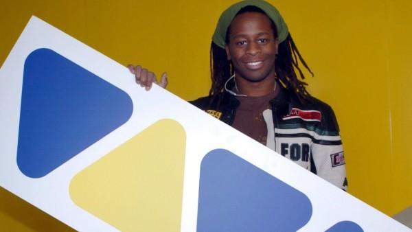 Musiksender Viva - Mola Adebisi mit dem Logo 2003