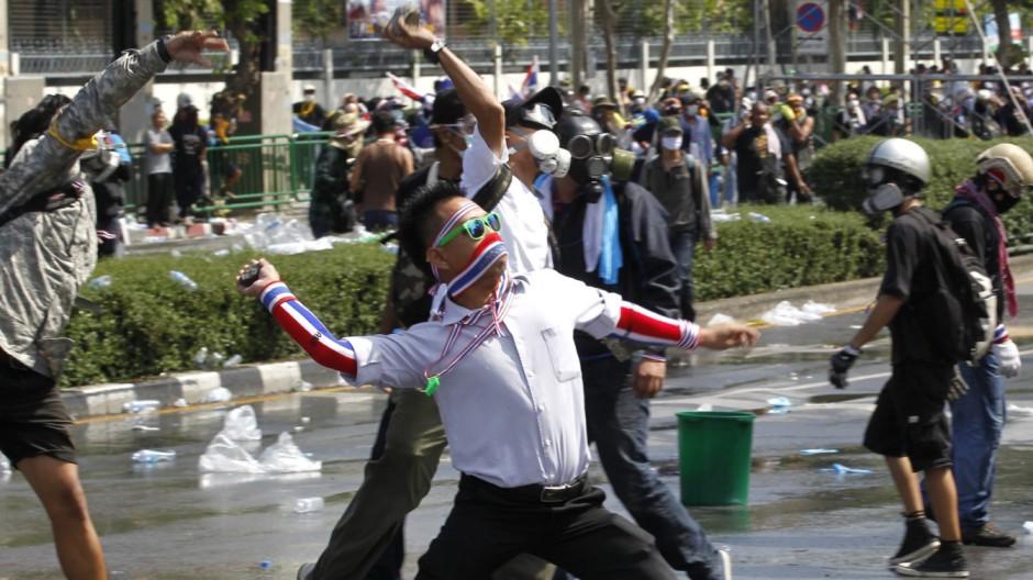 Ausschreitungen in Bangkok