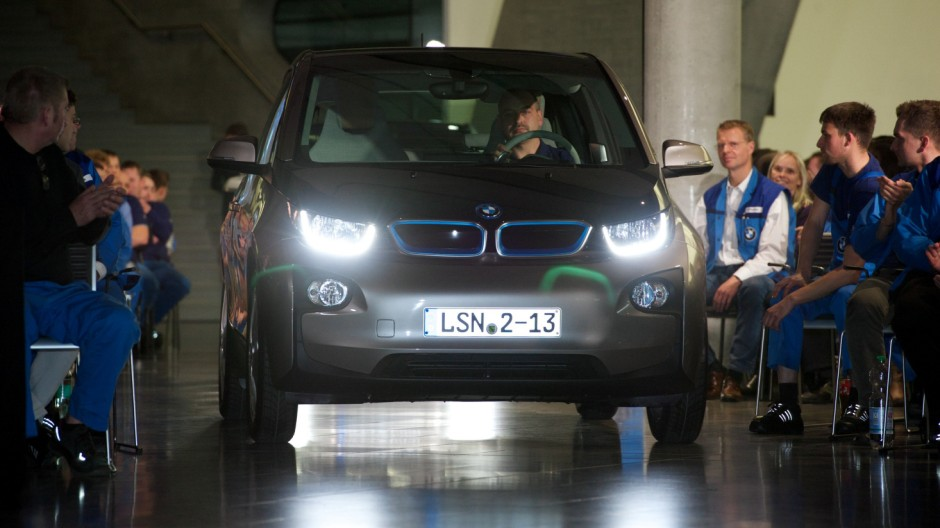 Betriebsversammlung des BMW-Werkes Leipzig