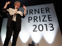 French artist Laure Prouvost wins Turner Prize 2013.