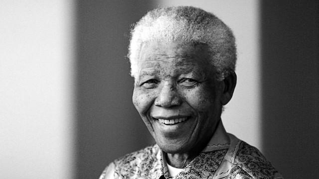 Nelson Mandela Nelson Mandela (1918-2013)