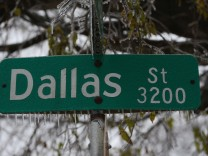 Major Ice Storm Hits Dallas Area