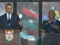Gebärdendolmetscher bei Nelson-Mandela-Trauerfeier
