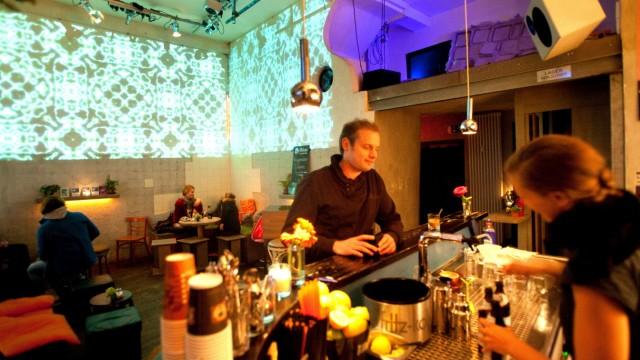 Bar Corleone, Sendlinger-Tor-Platz 7, Happy-Hour-Barserie