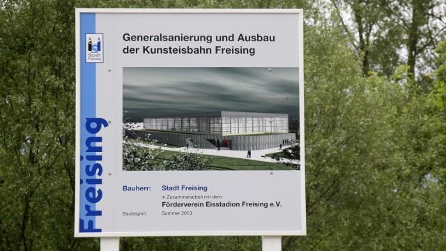 Freising Eisstadion 50 Euro pro Quadratmeter