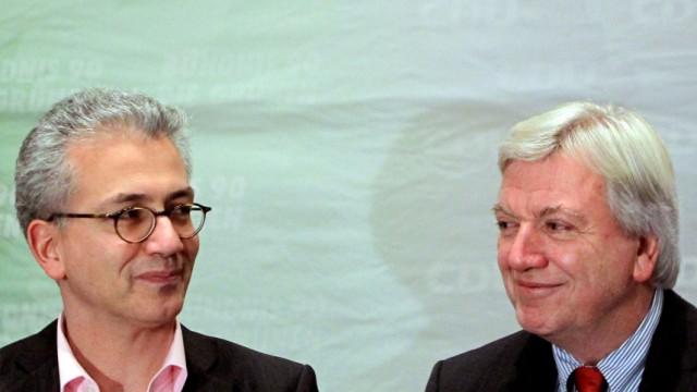 Große Koalitionsrunde Schwarz-Grün in Hessen Volker Bouffier (CDU, r) und Tarek Al-Wazir