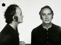 (FILE) Great Train Robber Ronnie Biggs Dies At 84
