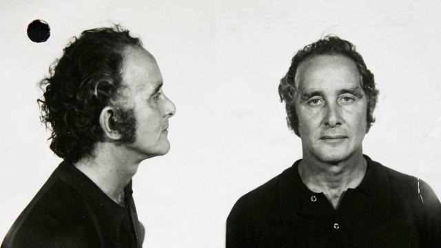 (FILE) Great Train Robber Ronnie Biggs Dies At 84
