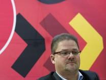 Holger Apfel auf einer NPD-Pressekonferenz am 4. Dezember.