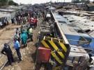 Güterzug stürzt auf Nairobis Kibera Slum