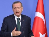Hungarian Prime Minister Viktor Orban visits Turkey