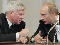 RUSSSIA-JUDICIAL SYSTEM-PUTIN-LEBEDEV