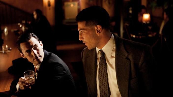 Milo Ventimiglia und Jon Bernthal in einer Szene der TNT-Serie Mob City
