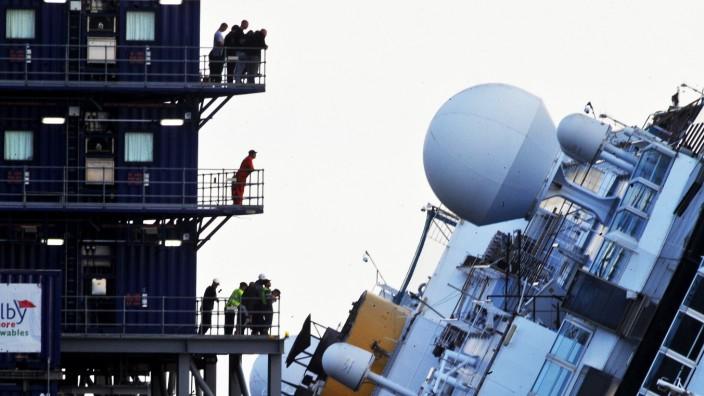 Costa Concordia soll im Juni abgeschleppt werden