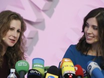Pussy Riot; Tolokonnikowa; Aljochina; Pressekonferenz; Chodorkowskij; Putin