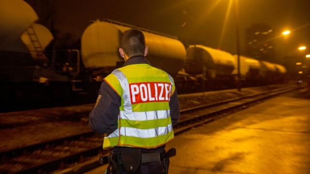 Jugendlicher stirbt auf Güterbahnhof