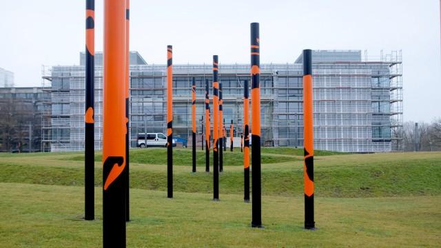 Chaos-Baustelle auf dem Forschungscampus in Garching, das so genannte Katalysezentrum, das an die bereits bestehende Chemie-Fakultät, Lichtenbergstraße 4, angebaut wurde