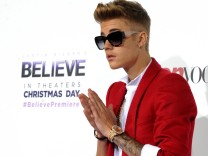 Premiere Of Open Road Films' 'Justin Bieber's Believe' - Red Carpet