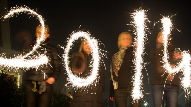 Neujahr mit Wunderkerzen