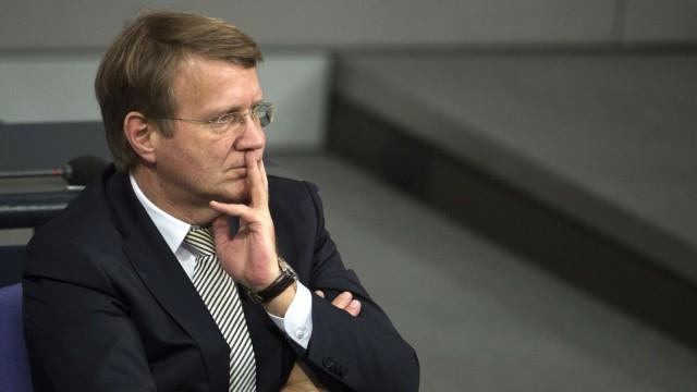 Ronald Pofalla Möglicher Wechsel des Merkel-Vertrauten