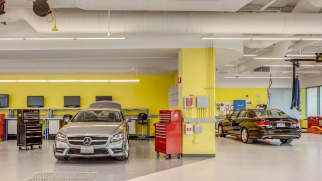 Im Mercedes-Forschungszentrum Sunnyvale