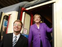 Kanzlerin Merkel und Ex-Kanzleramtsminister Pofalla