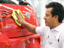 Letzter Check des Golf 7 im VW-Werk in Mexiko