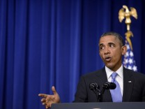 US Presiden Barack Obama attends event aimed at expanding college