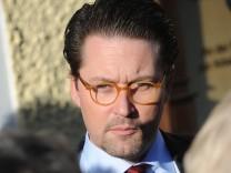 CSU-Generalsekretär Scheuer steht wegen seiner Doktorarbeit in der Kritik.