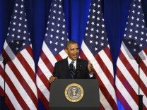US President Barack Obama delivers remarks on the signals intelli
