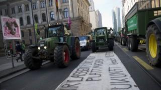 Demonstration gegen Agrarindustrie