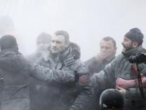 Vitali Klitschko bei einer Demonstration in Kiew