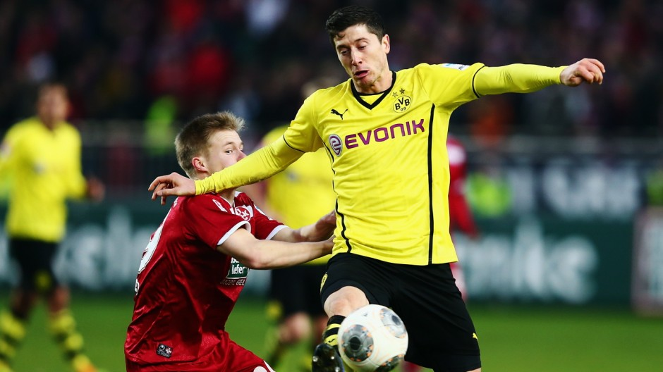 1. FC Kaiserslautern v Borussia Dortmund - Friendly Match