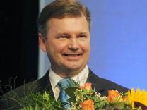 Miesbacher Landrat Kreidl ist neuer Landkreispräsident