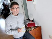 Oberweikertshofen: Mustafa Cicek hat keinen Festnetzanschluss mehr / DSL-Probleme