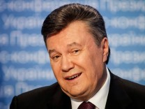 File photo of Ukrainian President Viktor Yanukovich speaking during a news conference in Kiev