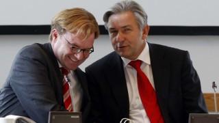 Berlins Regierender Bürgermeister Klaus Wowereit und sein früherer Kulturstaatssekretär André Schmitz