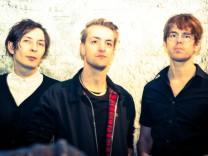 Indie-Rockgruppe Ja, Panik bittet zum Tanz