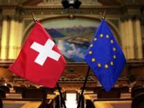 Schweiz begrenzt Zuwanderung für EU-Bürger