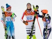 Alpine Skiing - Winter Olympics Day 3