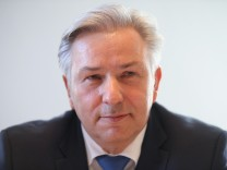 Wowereit Faces Inquiry Over Schmitz Tax Affair
