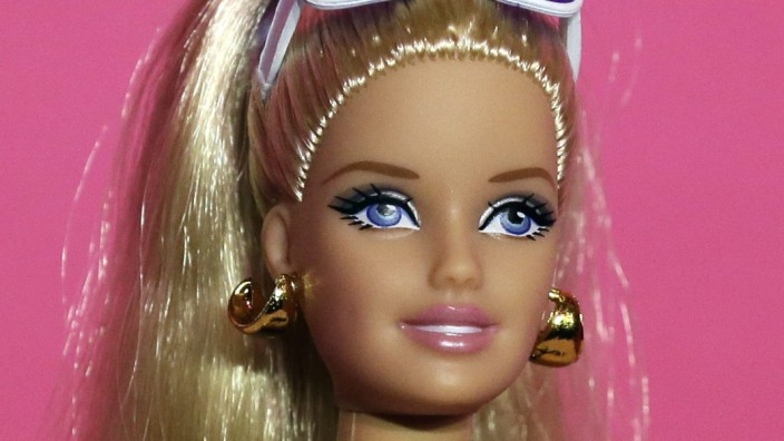Barbie Celebrates 50th Anniversary of Sports Illustrated Swimsuit